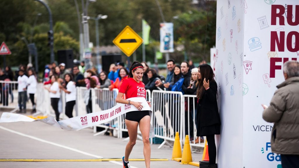 Carolina Herrera_212_Run_Hard_2019 (1)