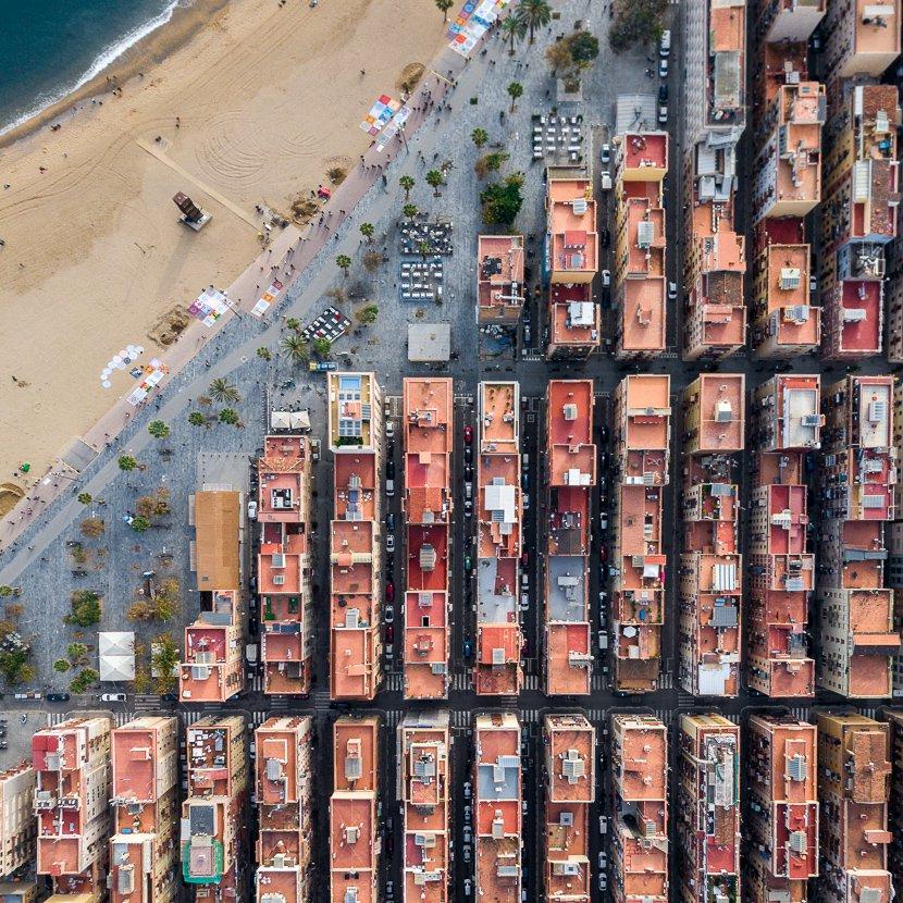 Impactantes fotos de Barcelona  from above Márton Mogyorósy (4)