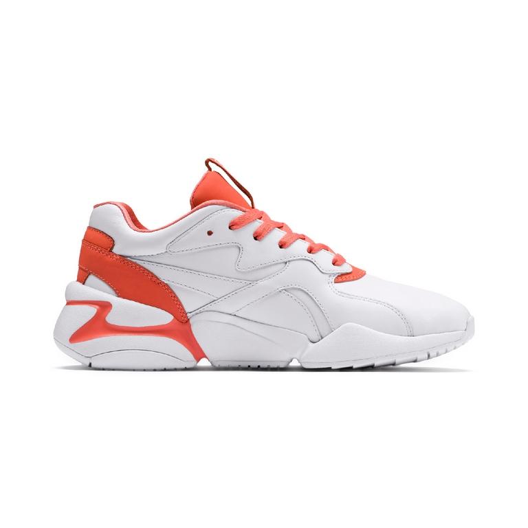 Nova x Pantone: Las zapatillas de Puma con el color para esta temporada