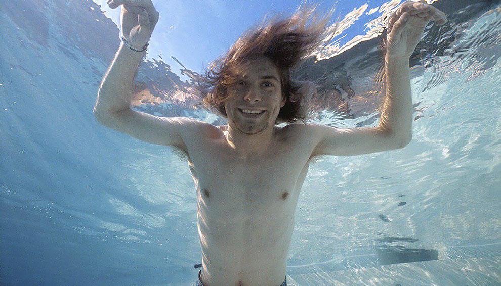 """Float Around"" fotos inéditas bajo el agua de Nevermind de nirvana (5)"
