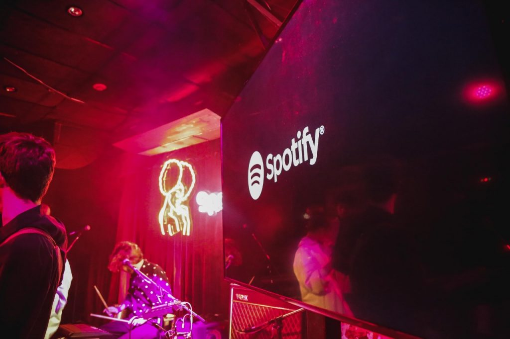 Ciclo Panorama Spotify Black loqueva (7)