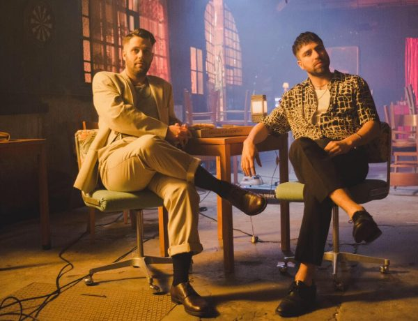 El Zar adelanta su nuevo disco con el single Las Voces