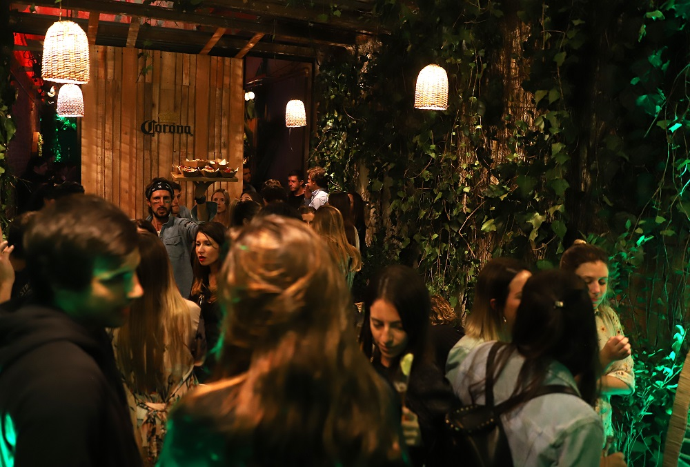 Lime Bar, el bar oculto de Corona que está abierto sólo por unos días (11)
