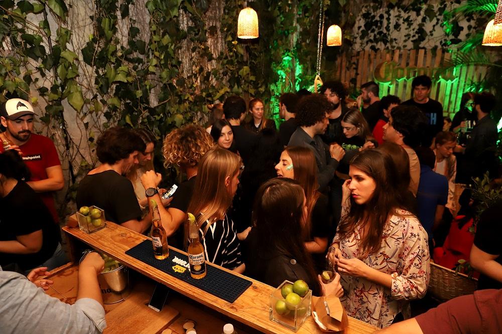 Lime Bar, el bar oculto de Corona que está abierto sólo por unos días (12)