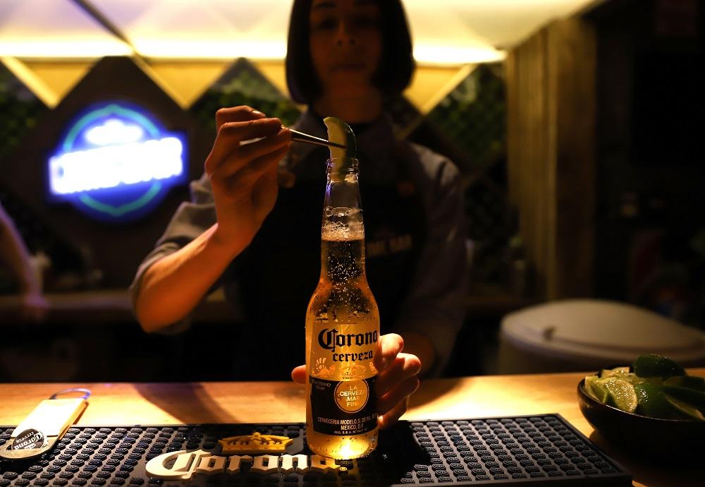 Lime Bar, el bar oculto de Corona que está abierto sólo por unos días (4)