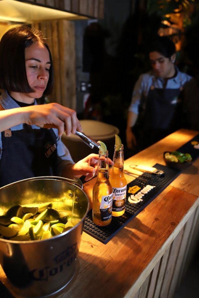 Lime Bar, el bar oculto de Corona que está abierto sólo por unos días (5)