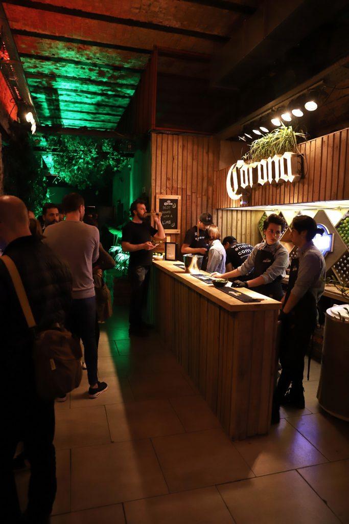 Lime Bar, el bar oculto de Corona que está abierto sólo por unos días (6)