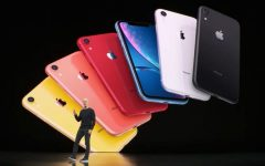 Apple iPhone 11  (1)