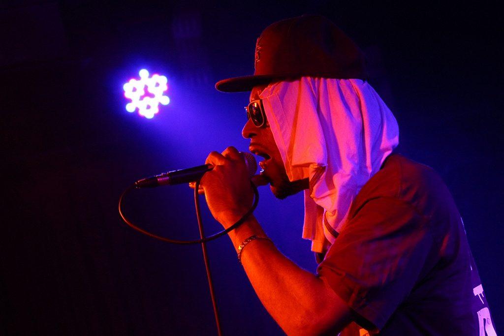 Club La Raza presenta a Original Juan & El Gordo Del Funk en Buenos Aires (2)