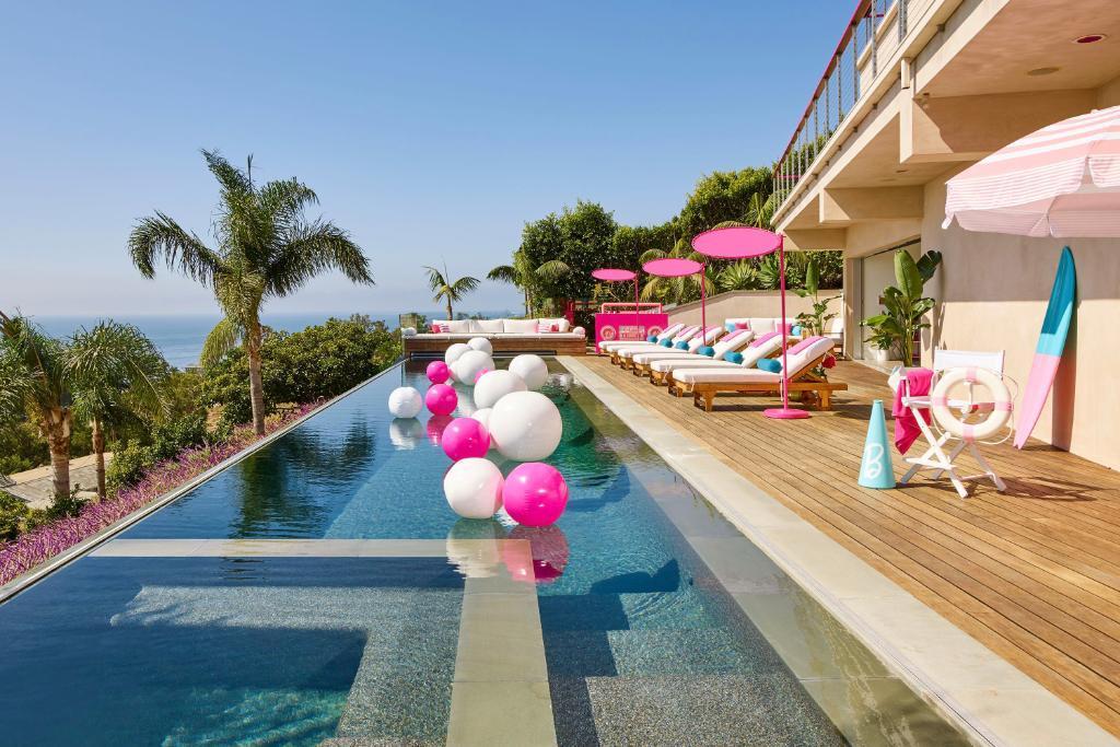 La casa de Barbie en Malibú se alquila en Airbnb (6)