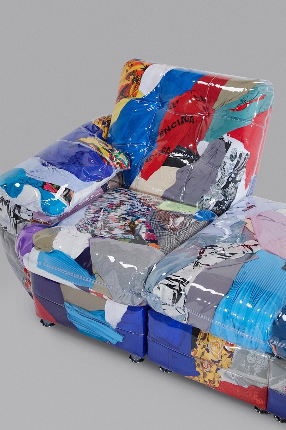 Balenciaga-Sofa-ropa-reciclada-loqueva (2)