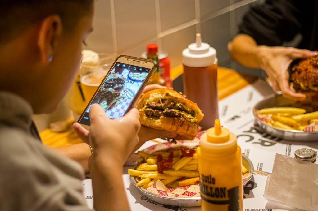 Burgermanía Signature Edition las 24 mejores hamburgueserías de la ciudad se lucirán con sabores inéditos
