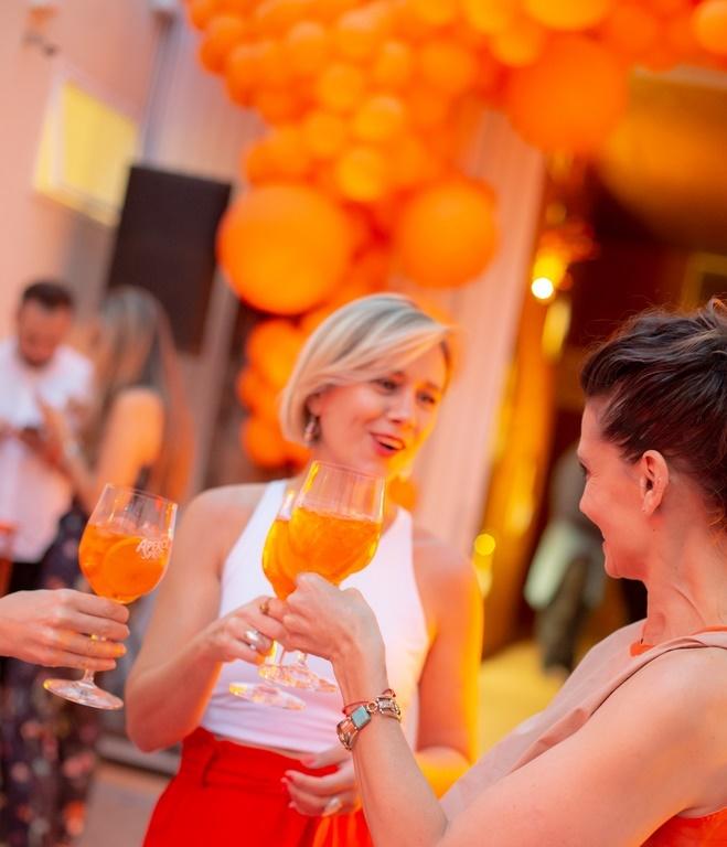 Atardecer Aperol Spritz: Comenzó La Ruta Naranja del verano 2020