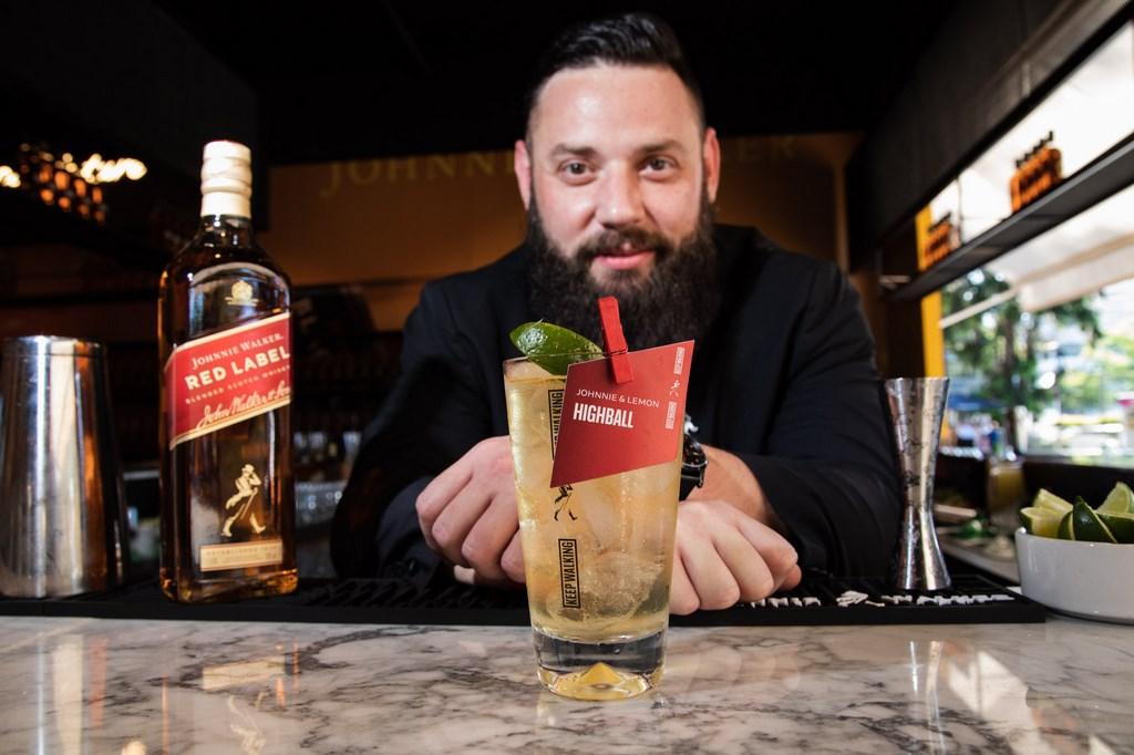 Martín Mondragón en el Highball Bar (3)