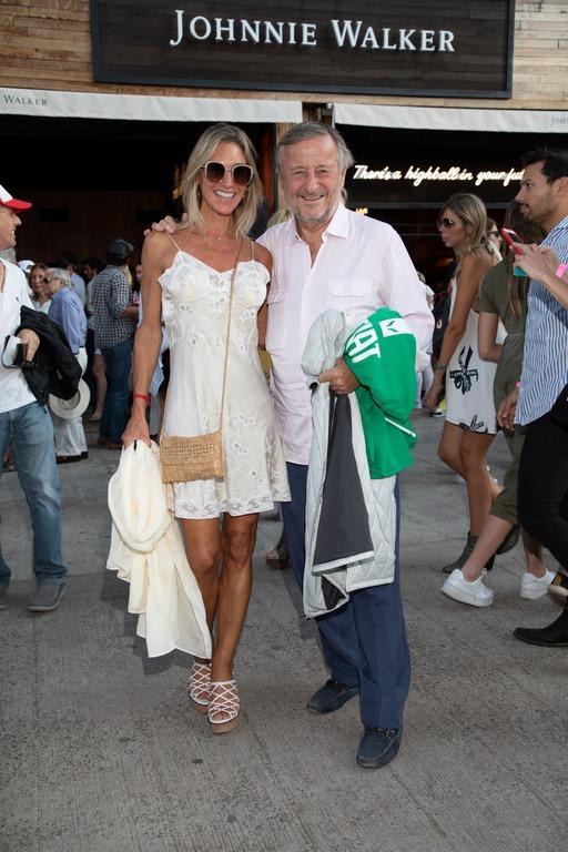 Cristiano Rattazzi y Gabriela Castellani en el Highball Bar de Johnnie Walker