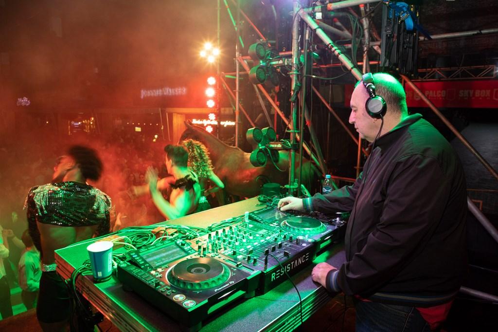 Zuker musicalizó la Fiesta Animal