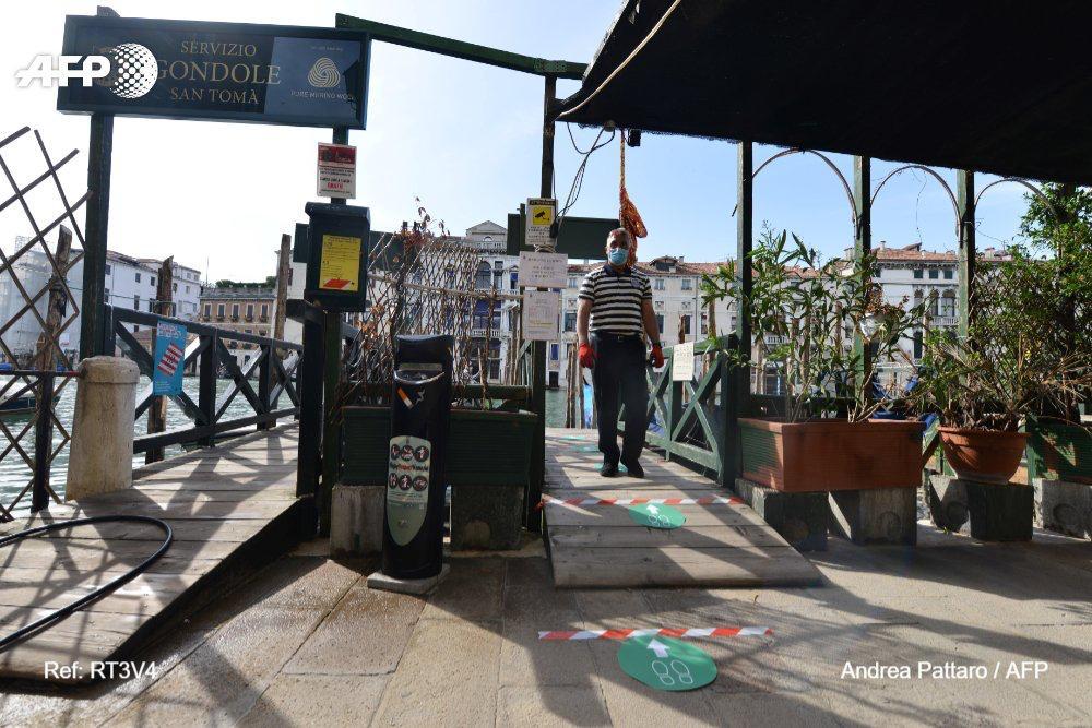 venecia regresan gondolas vacias coronavirus fotos AFP (3)