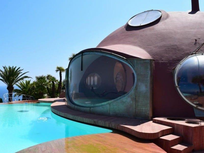 Bubble Palace Pierre Cardin loqueva (5)