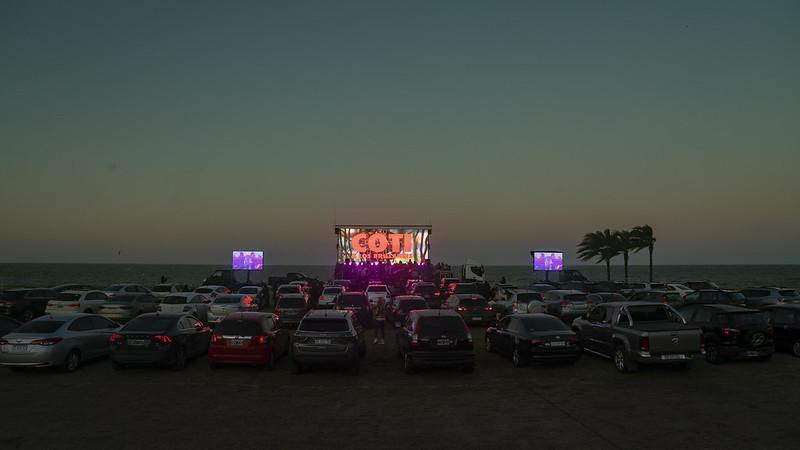 Coti y los brillantes autocine al rio auto concierto san isidro (6)