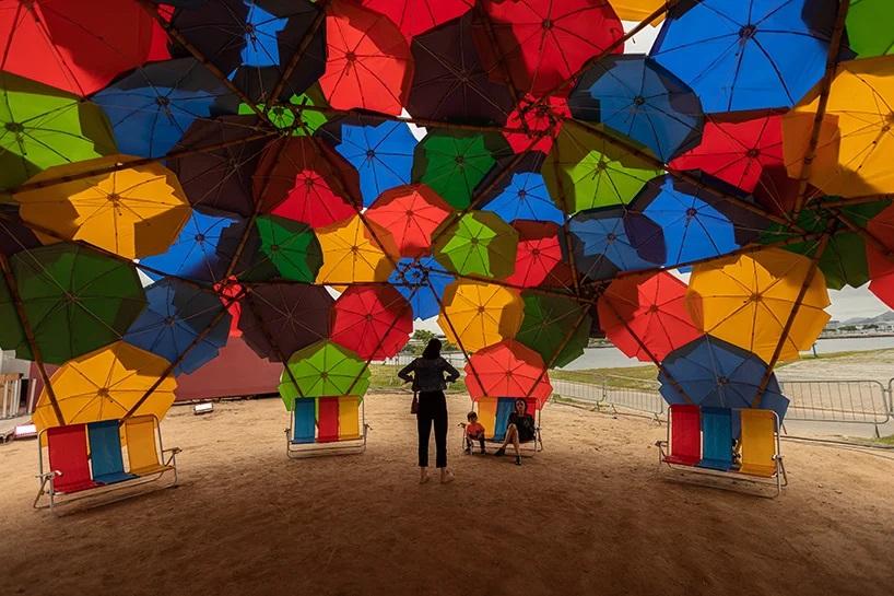 solaroca-domo-con-paraguas-Marina da Glória -Brasil-loqueva (1)